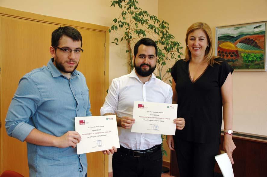 """Doctorando del I3A recibe el premio """"Proyecto Emprendedor 2016"""""""