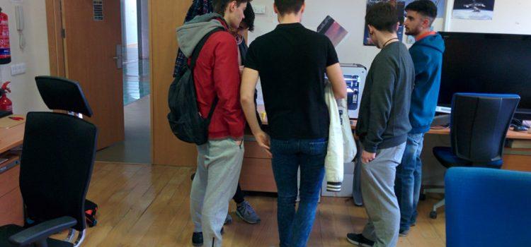 Students  of I.E.S. Doctor Alarcón Santón (La Roda) visit the I3A